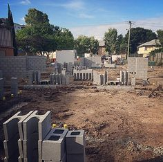 Block work commences under the responsibility of the brick laying trades who will build the strip footings prior to the installation of the form work and pour of the 600sqm suspended concrete slab. #SierraProperty #AplinTerraces #27BowenStreet #Windsor #Queensland #4030