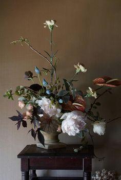 ❈ Fleurs Foncées ❈ dark art photography flowers & botanical prints - Sarah Ryhanen