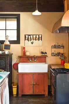 Kitchen Sink Remodel Kitchen Design Ideas, Pictures, Remodels and Decor - Kitchen Sink Units, Kitchen Sink Faucets, Kitchen Cabinet Design, Kitchen Layout, Interior Design Kitchen, Kitchen Cabinets, Unfitted Kitchen, Cocinas Kitchen, Rustic Kitchen