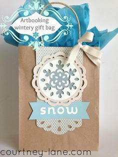 Artbooking wintery gift bag!