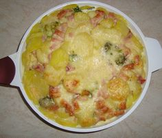 Zapečená brokolica Cheeseburger Chowder, Soup, Ethnic Recipes, Soups, Soup Appetizers
