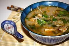 Bouillon de poulet coco d'inspiration asiatique