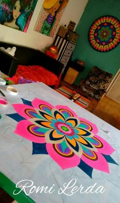 Love the colors Easy Rangoli Designs Diwali, Simple Rangoli Designs Images, Rangoli Designs Latest, Rangoli Designs Flower, Rangoli Border Designs, Rangoli Patterns, Rangoli Ideas, Rangoli Designs With Dots, Flower Rangoli