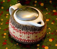 Rustic Tea Cozy   AllFreeKnitting.com