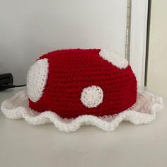 Diy Crochet Projects, Crochet Crafts, Crochet Toys, Knit Crochet, Kawaii Crochet, Cute Crochet, Crochet Designs, Crochet Patterns, Crochet Mushroom