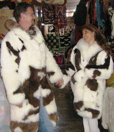 2 #Pelzmäntel im Partnerlook, Babyalpaka #Pelz  Sie suchen das Außergewöhnliche, Extravaganz ist für Sie wichtig? Wir verkaufen Pelzmode seit vielen Jahren aus Babyalpaka Pelzen, direkt aus den Anden Perus.