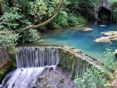 Krupajsko vrelo, magical waterfall in nature, emerges on the west side Beljanica at an altitude of 220 meters to me is one of the most interesting karst springs in Serbia. Great Places, Places To See, Beautiful Places, Amazing Places, Serbia Travel, Novi Sad, Travel Set, Travel Ideas, Beautiful Waterfalls