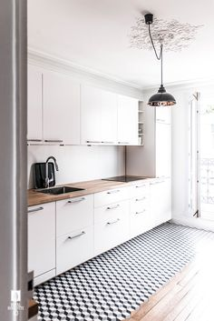 ROYAL ROULOTTE -★- LEVALLOIS - FRANCE - RENOVATION APPARTEMENT - CEMENT TILES - KITCHEN - CUISINE