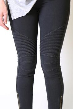 Step into our best selling moto jeggings. Skinny ankle fit with zipper detailing on the bottom. These pants are super stretchy and fit just about everyone! A customer favorite! Office Fashion, Work Fashion, Fashion 2020, Women's Fashion, Moto Pants, Jeggings, Elastic Waist, Sewing Projects, Summer Outfits