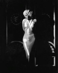 Jean Harlow, photo by George Hurrell. - Jean Harlow, photo by George Hurrell - Old Hollywood Glamour, Hollywood Fashion, Golden Age Of Hollywood, Vintage Glamour, Vintage Hollywood, Hollywood Stars, Classic Hollywood, George Hurrell, Jean Harlow