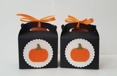 Trick or treat boxes / trick or treat bags / Halloween favors for adults / set of 10 boxes Pretty Halloween, Up Halloween, Halloween Cards, Halloween Treats, Halloween Treat Holders, Halloween Gift Bags, Halloween Party Favors, Christmas Favors, Christmas Bags