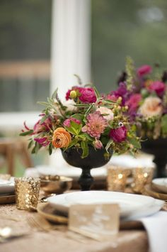 reference for centerpiece on gold linen