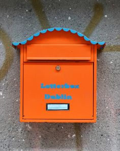Letterbox Dublin -experimenting in street art and interactive art. Urban Intervention, Things To Do Today, Nature Posters, Interactive Art, Blackboards, Guerrilla, Deco, Mailbox, Zine