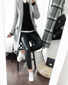 Black leather pants, white shirt, black pullover knit, gray overcoat over … – Outfit Inspiration & Ideas for All Occasions Office Outfits, Mode Outfits, Chic Outfits, Fall Outfits, Fashion Outfits, Casual Office Attire, Outfit Winter, Fashion Mode, Look Fashion
