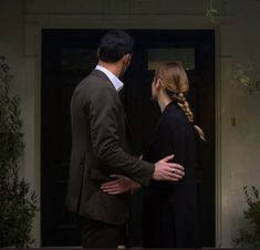 Chloe Decker, Tom Ellis, Tv Couples, One And Only, Believe, Couple Photos, Cute, Ships, Couple Shots