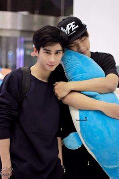 #Toey♥♥♥ #Ohm Sick Boy, Love Sick, Book And Frame, Lgbt Love, Cute Gay Couples, Thai Drama, Beautiful Love, Series Movies, Fujoshi