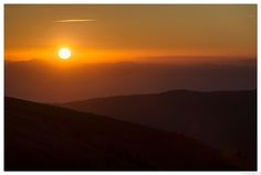 Sunrise Hohneck  | Levé de soleil dans les Vosges - The Hohneck is the third highest summit of the Vosges Mountains and the highest point of Lorraine |  Le Hohneck, troisième sommet du massif des Vosges avec 1 363 mètres d'altitude, domine la ligne de crêtes qui sépare l'Alsace de la Lorraine