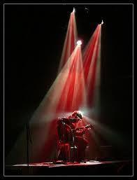 Resultado de imagen de red lighting theatre