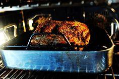 Christmas Prime Rib by Ree Drummond / The Pioneer Woman Rib Recipes, Roast Recipes, Cooking Recipes, Game Recipes, Dinner Recipes, Rib Roast Recipe, Prime Rib Recipe, Pioneer Woman Prime Rib, The Pioneer Woman