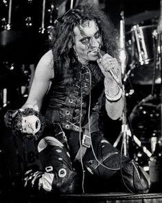 Floppy Boot Stomp: Alice Cooper Band - Live Los Angeles 1973