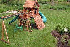 Fabulous Kid Friendly Backyard Design With Garden Landscaping And Kids Playground Sets Complete With Swing And Slide Also Climbing Play Ideas Backyard Landscaping Ideas Kid Trampoline Ideas Exterior floorcraft v groove dream home Outdoor Jungle Gym, Swing Set Plans, Swing Sets, Backyard Trampoline, Trampoline Ideas, Kid Friendly Backyard, Backyard Playset, Build A Playhouse, Pallet Playhouse