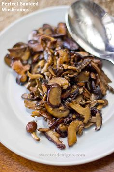 Perfect sauteed mushrooms- these are quick, easy and delicious as a side dish! Pin now and save for Thanksgiving!