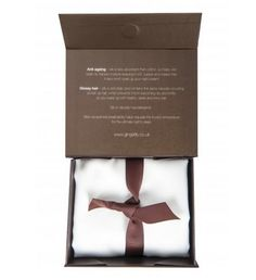 Buy Ivory Gingerlily Beauty Box Mulberry Silk Standard Pillowcase from our Pillowcases range at John Lewis & Partners. Beauty Magic, Beauty Box, Beauty Tips, Glossy Hair, Shiny Hair, Silk Bedding, Silk Pillow, Christmas Gift Guide, Christmas 2015