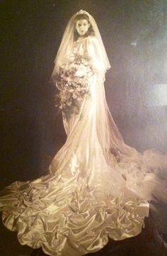 1940''s wedding dress