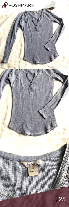 Lucky Brand Thermal Fitted V-Neck Top Lucky brand gray thermal top, size small, no flaws, excellent preowned condition Lucky Brand Tops Tees - Long Sleeve