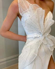 Bridal Dresses, Wedding Gowns, Prom Dresses, Elegant Dresses, Pretty Dresses, Detachable Wedding Dress, Wedding Jumpsuit, Mode Chic, White Fashion