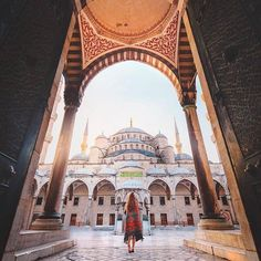 by Jordan Hammond Istanbul, Turkey. Best Places To Travel, Places To Visit, Earth City, Permanent Vacation, Istanbul Travel, Beautiful Mosques, Islamic Architecture, Turkey Travel, Istanbul Turkey