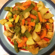 Provechito: Chayote,zanahoria,greens beans, calabacín,aguacate y pechuga al vapor