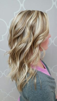 chunky hair styles this beautiful hair color was created by foiling the top 6457
