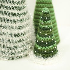 A trio of pretty crochet Christmas trees ... free patterns for each size