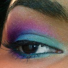 Dreams of Blue & Purple eyeshadow makeup look eotd motd lotd
