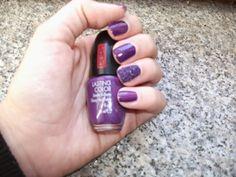 Tartaruga Zeta Fashion & Beauty: Smalto della settimana - Manicure of the week @pupamilano #nailart #beauty #purple #autumn