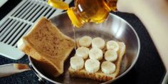 Delicious and simple recipe for a Peanut Butter and Banana Grilled Sandwich with honey. Plus six more easy peanut butter recipes! Baby Food Recipes, Sweet Recipes, Snack Recipes, Cooking Recipes, Snacks, Banana Sandwich, Grilled Sandwich, Bananas, Crepes