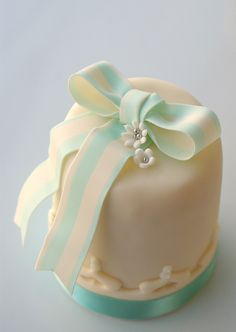 Blue candy stripe bow cakelet by Icing Bliss, via Flickr