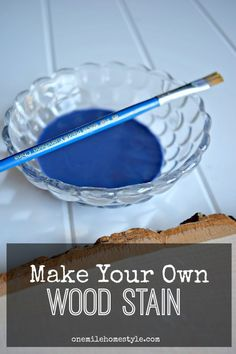 You won't believe how easy it is to make colorful wood stain for your DIY projects! - One Mile Home Style #diywoodwork Wood Projects For Beginners, Diy Wood Projects, Wood Crafts, Furniture Projects, Blue Wood Stain, Diy Wood Stain, Stain Techniques, Painting Techniques, Diy Holz