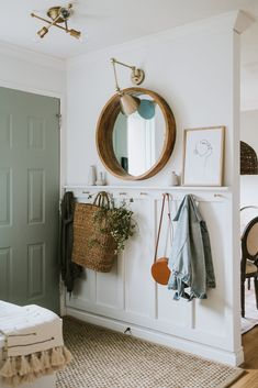 Top Ten Places To Find Discounted Decor - Jessica Sara Morris Hallway Ideas Entrance Narrow, Modern Hallway, Living Room Entrance Ideas, Narrow Entryway, Home Decor Inspiration, Decor Ideas, Decorating Ideas, Entryway Decor, Cottage Entryway