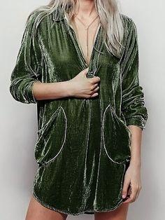 Cozy Velvet Shirt Dress In Army Green. Fashion Art, Boho Fashion, Autumn Fashion, Womens Fashion, Unique Fashion, Velvet Shirt Dress, Look Boho, Style Outfits, Velvet Fashion