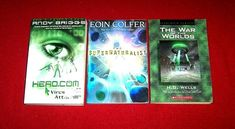 3 Chapter Books Science Fiction War of Worlds HG. Wells Eoin Colfer Hero.com