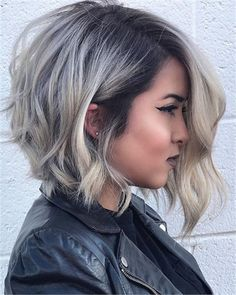 Hot Medium Bob Hairstyles for All Faces-Best Haircut Ideas . - Hot Medium Bob Hairstyles for All Faces – Best Bob Haircut Ideas - Cool Short Hairstyles, Medium Bob Hairstyles, Hairstyles For Round Faces, Unique Hairstyles, Blonde Hairstyles, Middle Hairstyles, Layered Hairstyles, Bob Haircut For Round Face, Asymmetrical Hairstyles