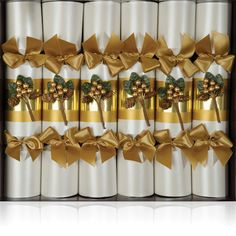 Our luxury cracker that are suitable for every type of Christmas! Best Christmas Crackers, Christmas Cards, Xmas, Christmas Traditions, Traditional, Luxury, Holiday Decor, Type, Design