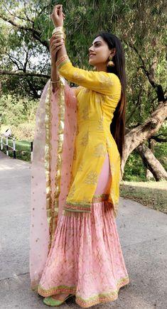 Best 12 – Page 347269821267524596 – SkillOfKing.Com a khan Sharara Designs, Kurta Designs Women, Kurti Designs Party Wear, Pakistani Fashion Casual, Punjabi Fashion, Pakistani Dress Design, Pakistani Outfits, Pakistani Mehndi Dress, Punjabi Suits Designer Boutique