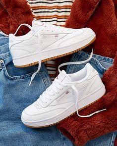 Reebok urban outfitters reebok club c doppel-sneaker Reebook Shoes, Hype Shoes, Sock Shoes, Me Too Shoes, Shoes Sneakers, Sneakers Style, Addidas Sneakers, Gold Sneakers, Leather Sneakers