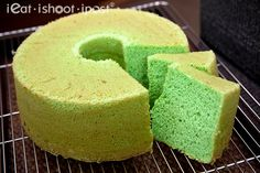 Learn how to make a Singapore favourite with this tried and tested pandan chiffon cake recipe.