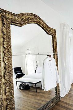 gran espejo, espejo en el piso, espejo gigante, interior, ideas, decoración, spiegel, grote spiegel, vloer, interieur