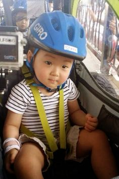 Cute Kids, Cute Babies, Baby Kids, Triplet Babies, Superman Kids, Song Daehan, Song Triplets, Affordable Clothes, Maternity Wear