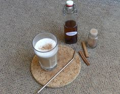 Latte Macchiato, Glass Of Milk, A Food, Vegan, Drinks, Advent, Rezepte, Weihnachten, Drinking
